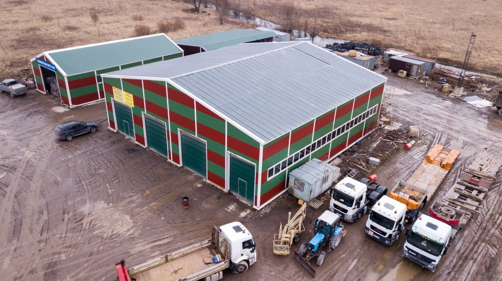 Автобаза, складское помещение 3000 м², деревня Новосергиевка